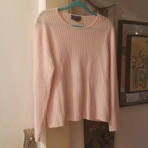 Cashmere sweater.pink cable knit